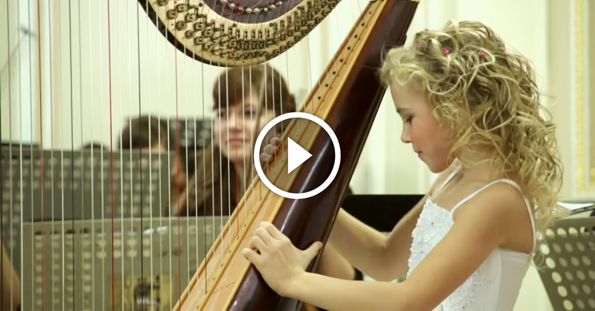 This nine-year-old girl sits completely still. When the music starts, the audience is FLOORED!